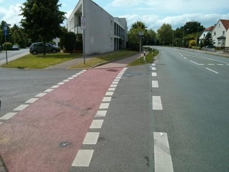 Querungshilfe der Ilse-Meitner-Straße