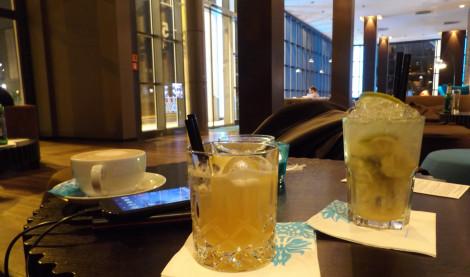 Zum Abschluss des Tages ein paar Cocktails in der Lounge