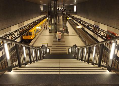 U-Bahnhof der U55