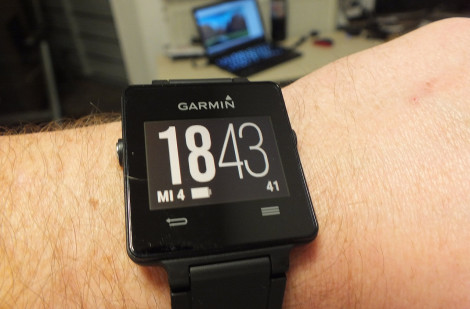 Garmin Vivoactive am Arm