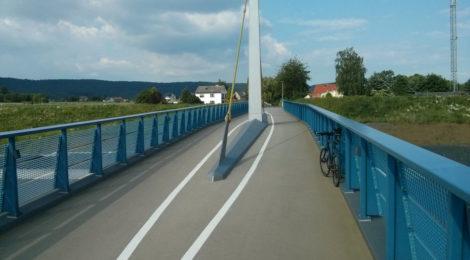 Rad- und Fußgängerbrücke im Verlauf des Alten Postweg in Eidinghausen