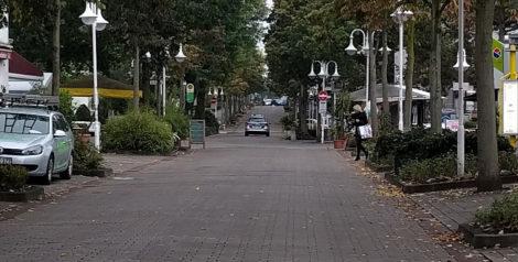 """Polizeiauto nach """"Durchfahrt verboten""""-Schild (Habe ich schon erwähnt, wie gut die Kamera im Nexus 5x ist?)"""