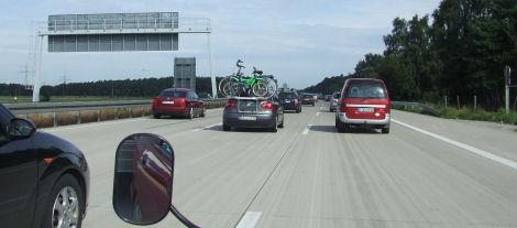 ... auf der Autobahn