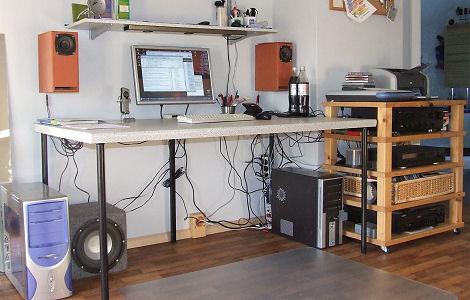 Kabel Unterm Schreibtisch Verstecken
