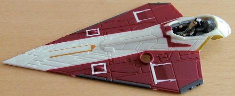 halbfertiger Jedi-Starfighter mit Obi-Wan an Bord